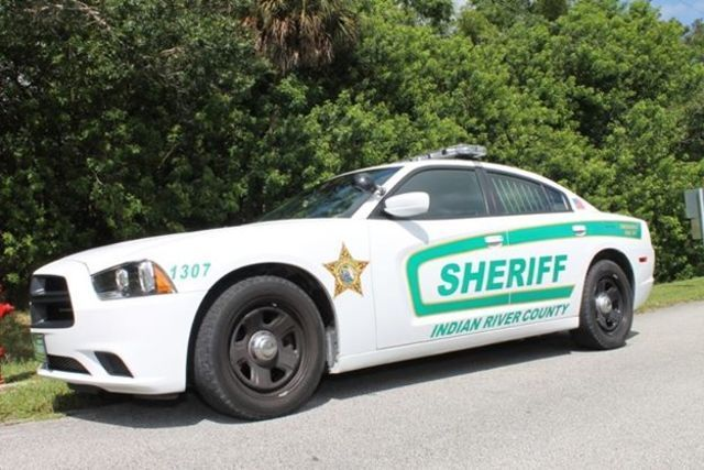 Sheriff's deputy accidentally shoots himself at Vero Beach High School