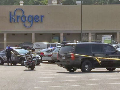 3 hit in shootout as man fires back at armed attackers