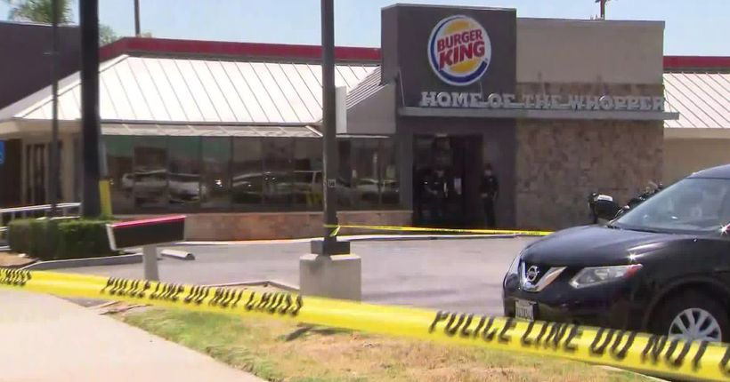 Customer intervenes, critically injures suspect who stabbed Burger King diner in random attack: police