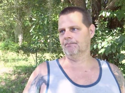 Man gouges eyes of armed home intruder