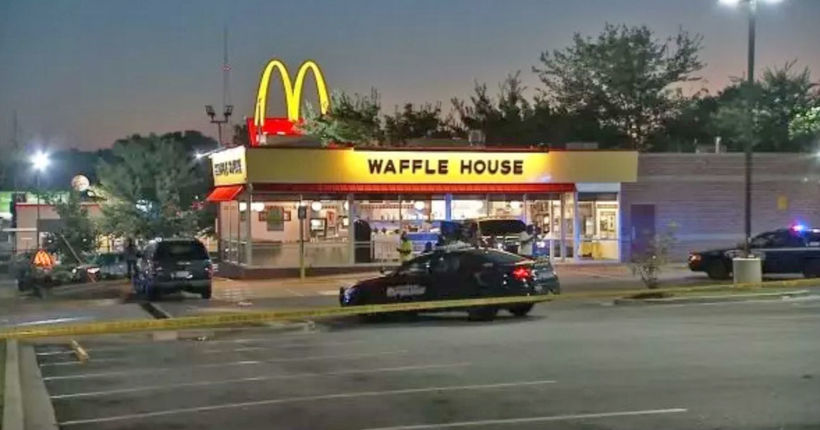 Suspect in clown mask shoots man during Waffle House robbery in Atlanta