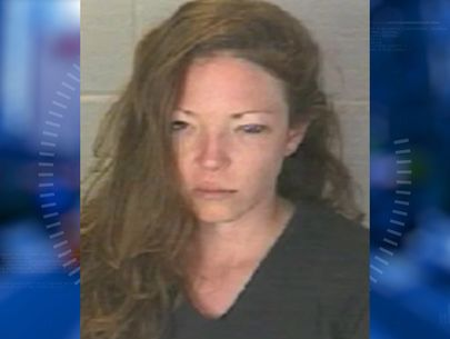 Cops arrest woman accused of stealing car, kidnapping kid