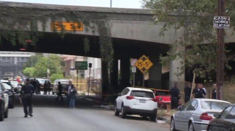 Porsche driver fatally strikes homeless person under 101 Freeway near Silver Lake: LAPD