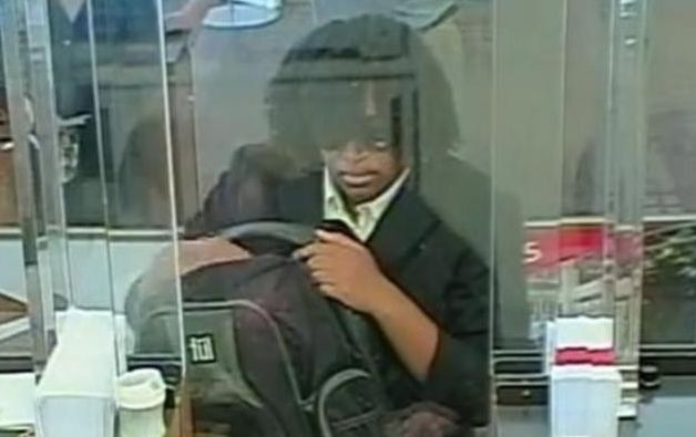 'Fake Hair Don't Care Bandit' sought in 5 bank robberies; FBI offers $10K reward for woman
