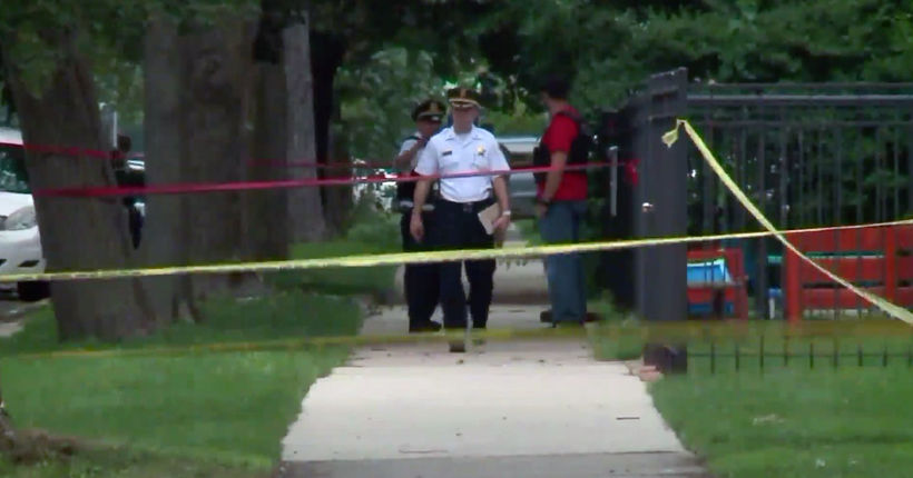 Chicago father fatally shoots 10-year-old son, daughter, then kills himself